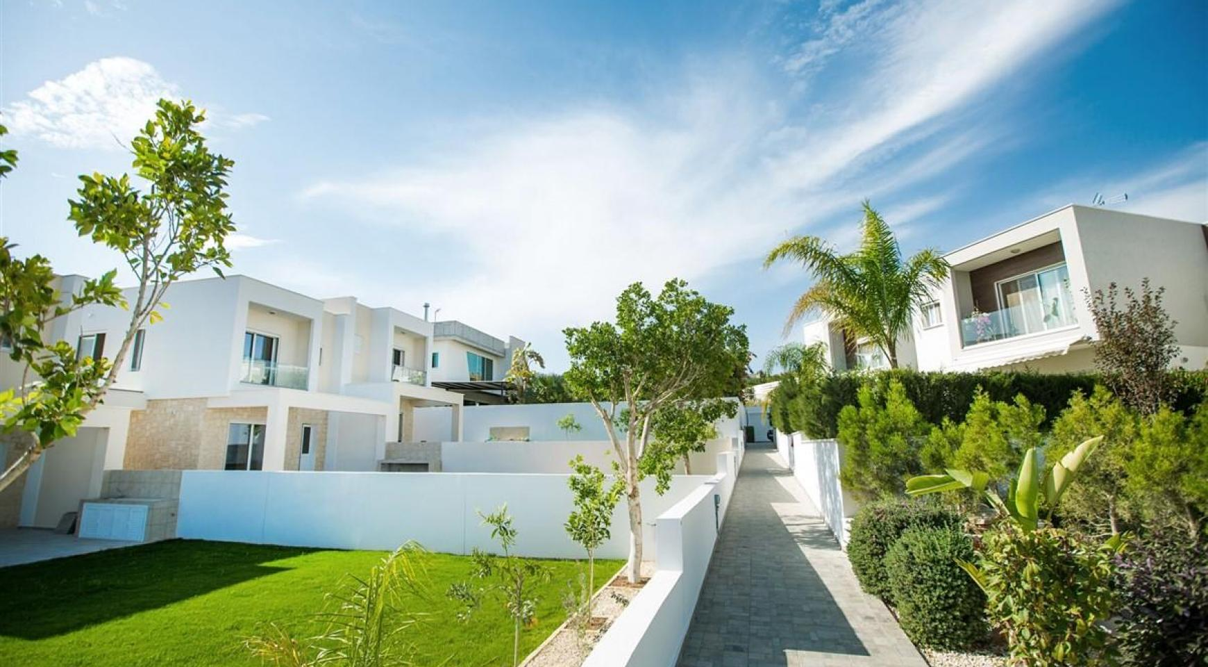 Modern 3 Bedroom Villa with Sea Views in Mouttagiaka Area - 5