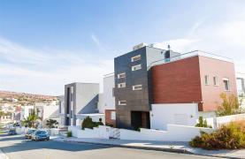 Modern 3 Bedroom Villa with Sea Views in Mouttagiaka Area - 41