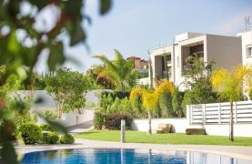 Modern 3 Bedroom Villa with Sea Views in Mouttagiaka Area - 25