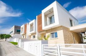 Modern 3 Bedroom Villa with Sea Views in Mouttagiaka Area - 37
