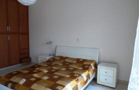 Cozy 2 Bedroom Maisonette in Erimi - 32