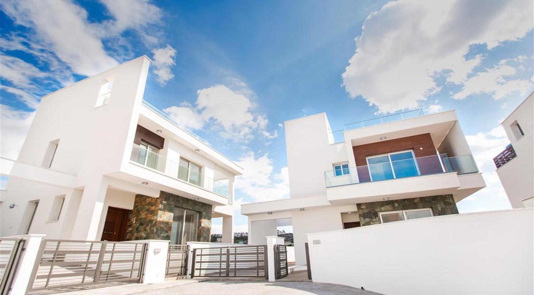 Modern 3 Bedroom Villa in Chloraka - 4