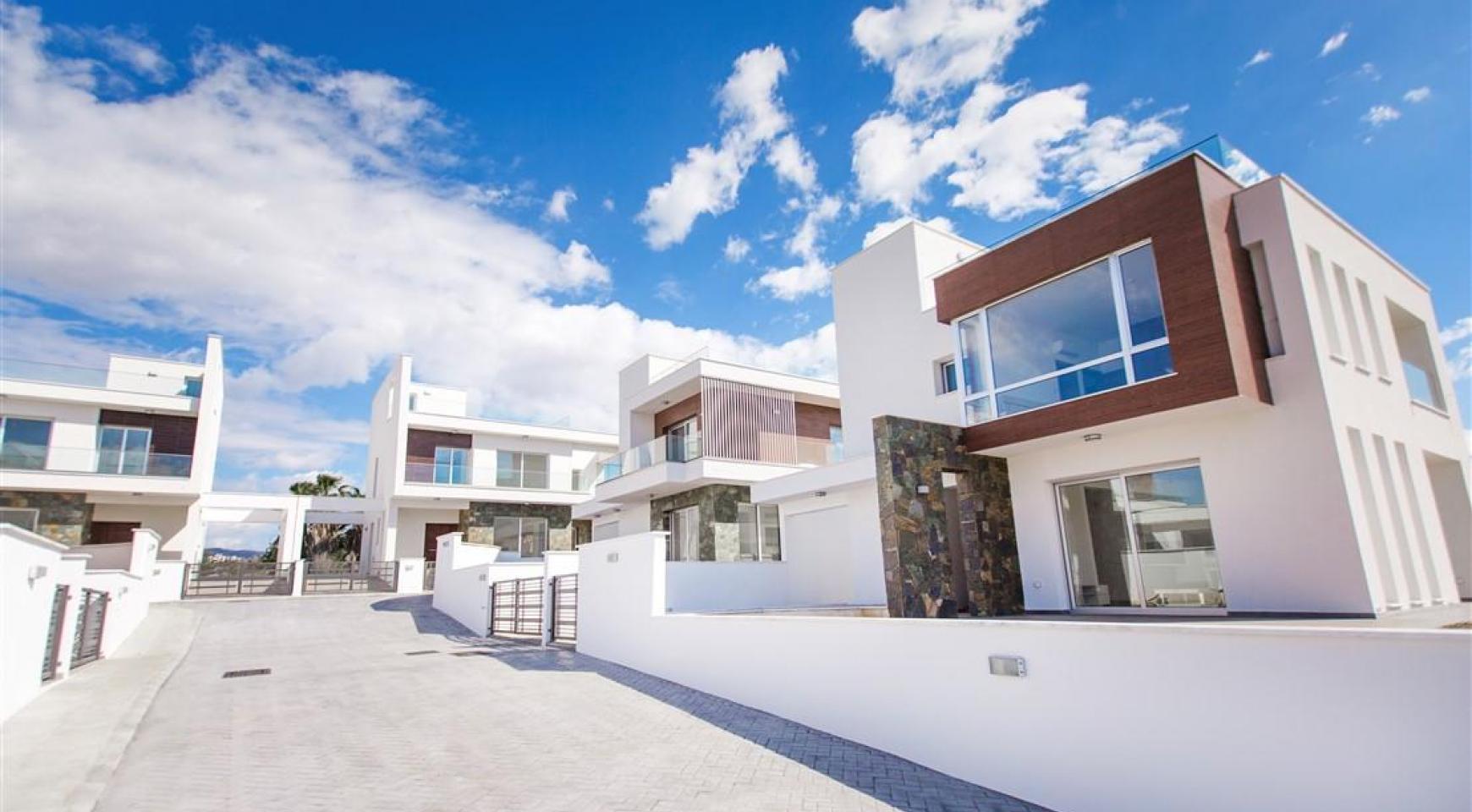 Modern 3 Bedroom Villa in Chloraka - 11