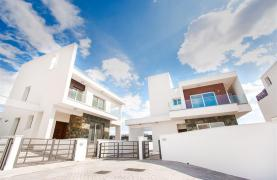 Modern 3 Bedroom Villa in Chloraka - 34