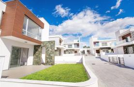 Modern 3 Bedroom Villa in Chloraka - 31
