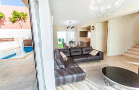 New Modern 4 Bedroom Villa in Mouttagiaka Area - 33