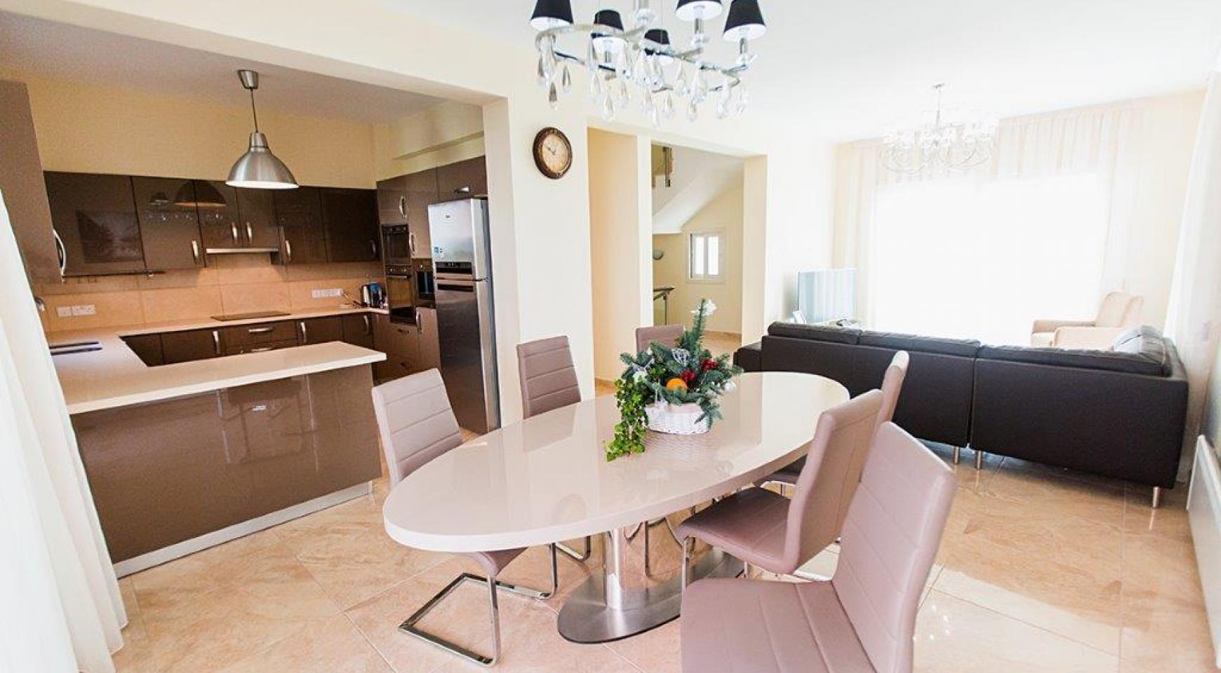 New Modern 4 Bedroom Villa in Mouttagiaka Area - 14