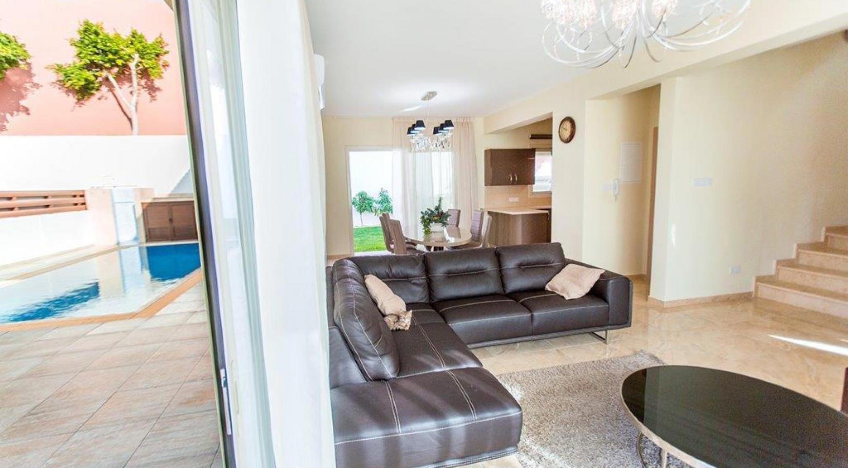 New Modern 4 Bedroom Villa in Mouttagiaka Area - 11