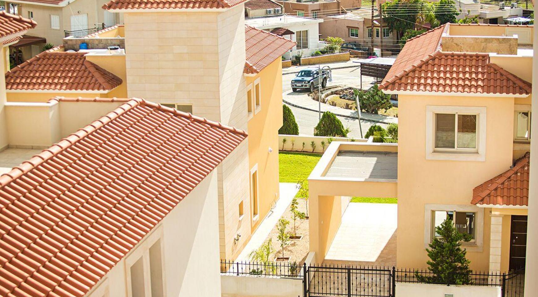 New Modern 4 Bedroom Villa in Mouttagiaka Area - 21