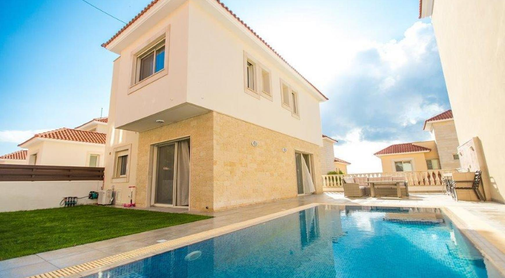New Modern 3 Bedroom Villa in Mouttagiaka Area - 2