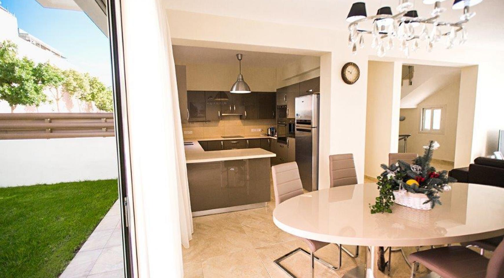 New Modern 4 Bedroom Villa in Mouttagiaka Area - 17