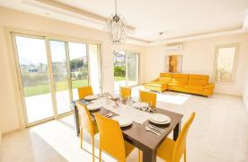 New Modern 4 Bedroom Villa in Mouttagiaka Area - 37