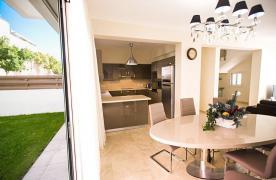 New Modern 4 Bedroom Villa in Mouttagiaka Area - 39