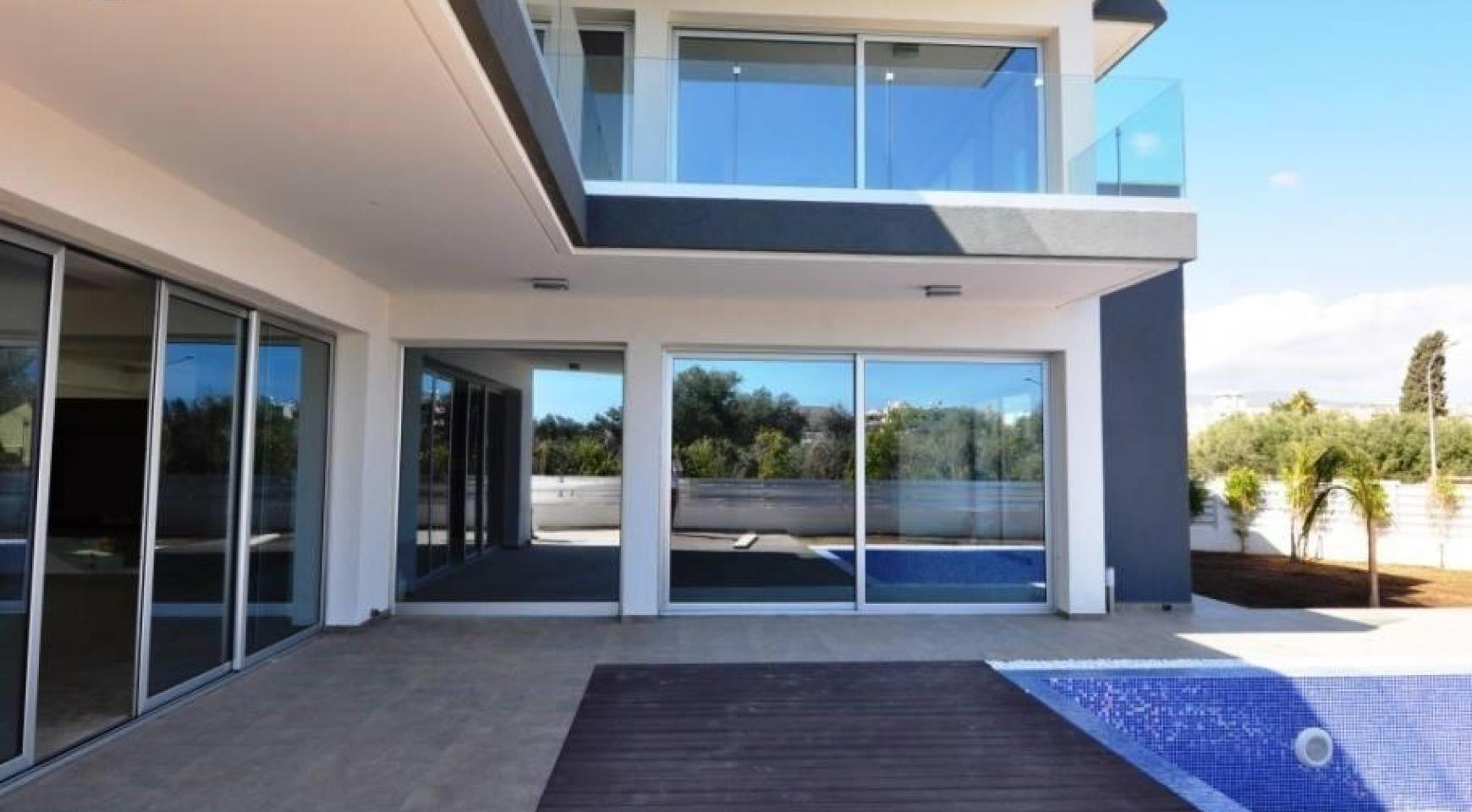 Luxurious Contemporary 5 Bedroom Villa near the Sea - 2