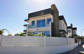 Luxurious Contemporary 5 Bedroom Villa near the Sea - 23