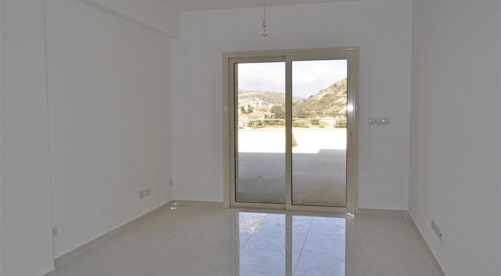 2 Bedroom Apartment with Amazing Views in Agios Athanasios - 9