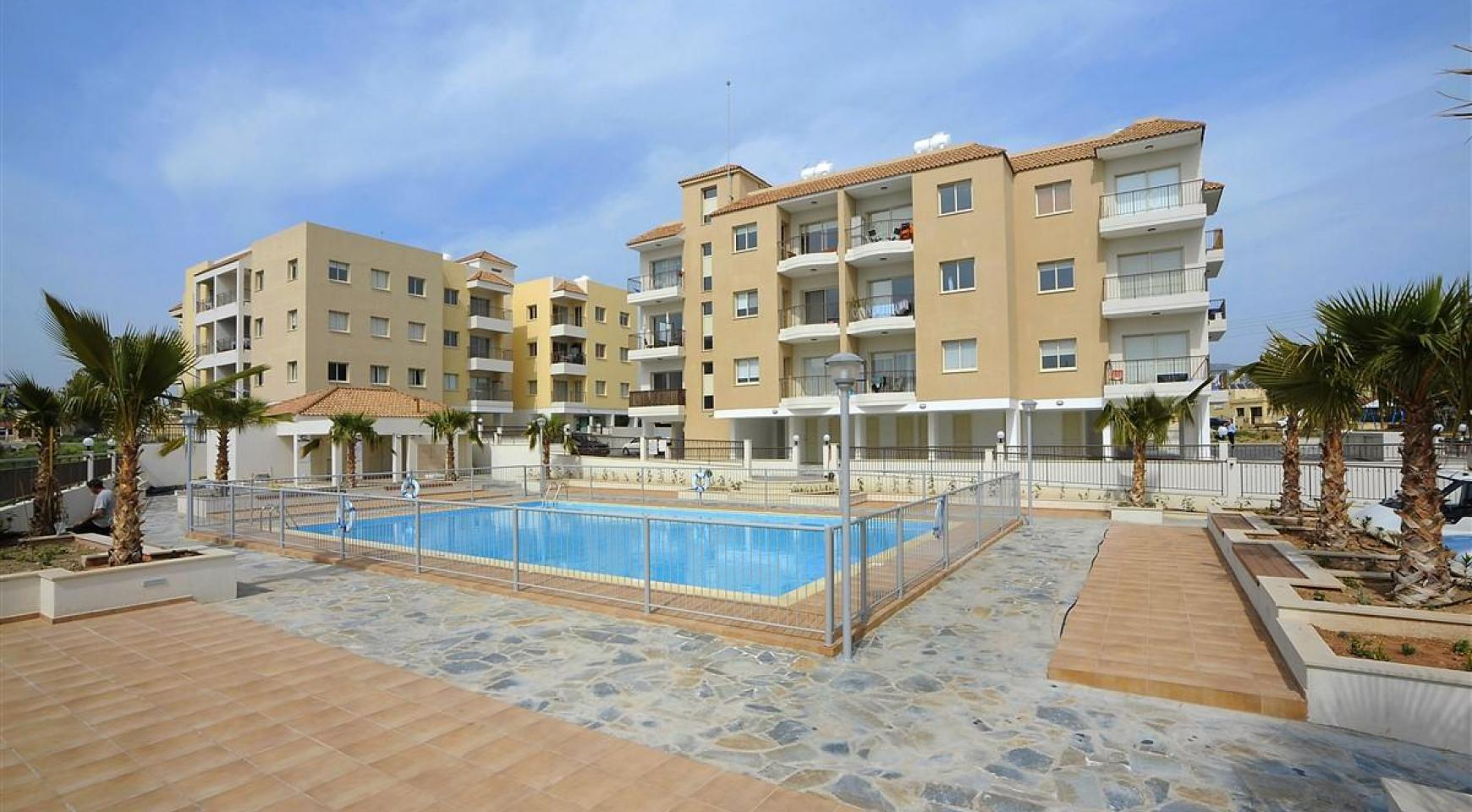 2 Bedroom Apartment in a Complex with the Swimming Pool - 4