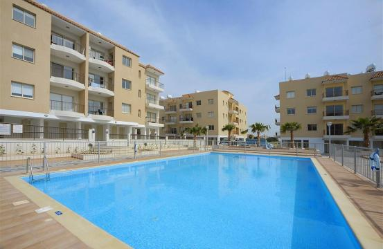2 Bedroom Apartment in a Complex with the Swimming Pool