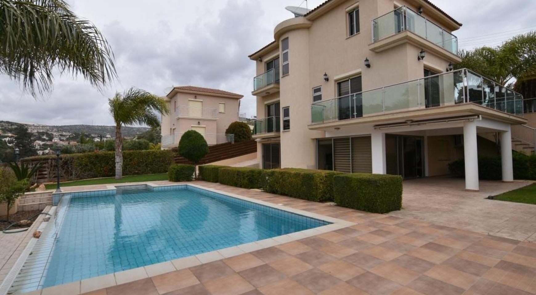 Luxury 4 Bedroom Villa with Stunning Mountain and Sea Views - 1