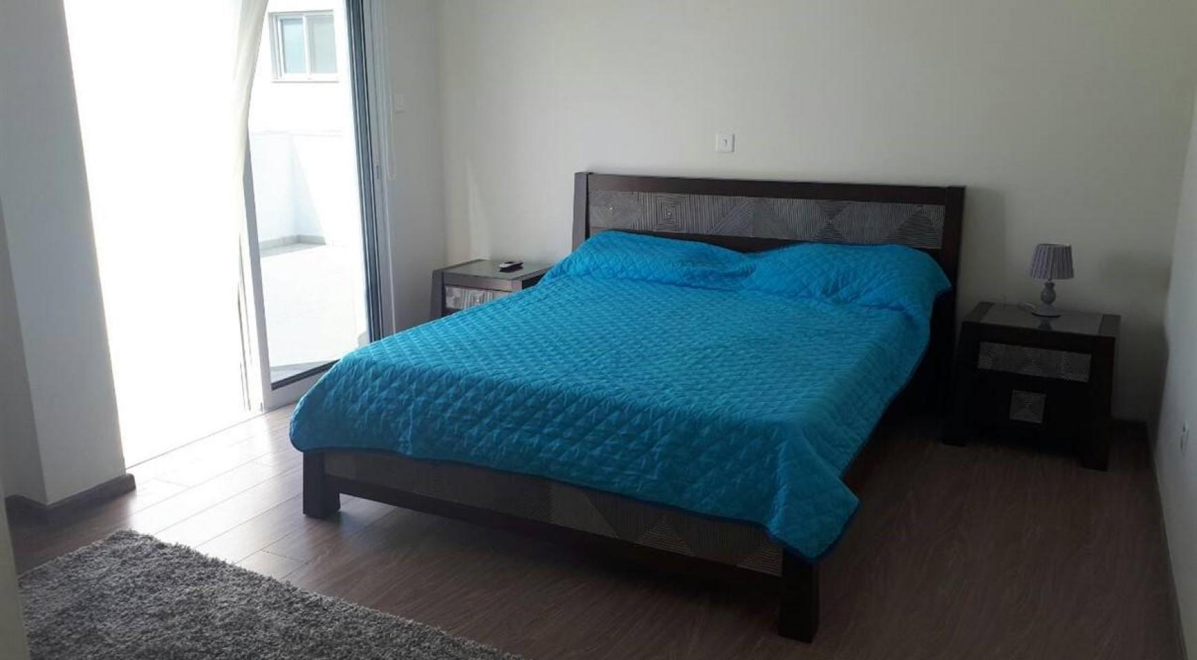Luxury 3 Bedroom Apartment in the Tourist Area - 12