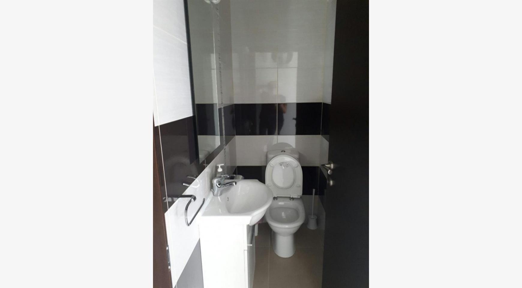 Luxury 3 Bedroom Apartment in the Tourist Area - 16