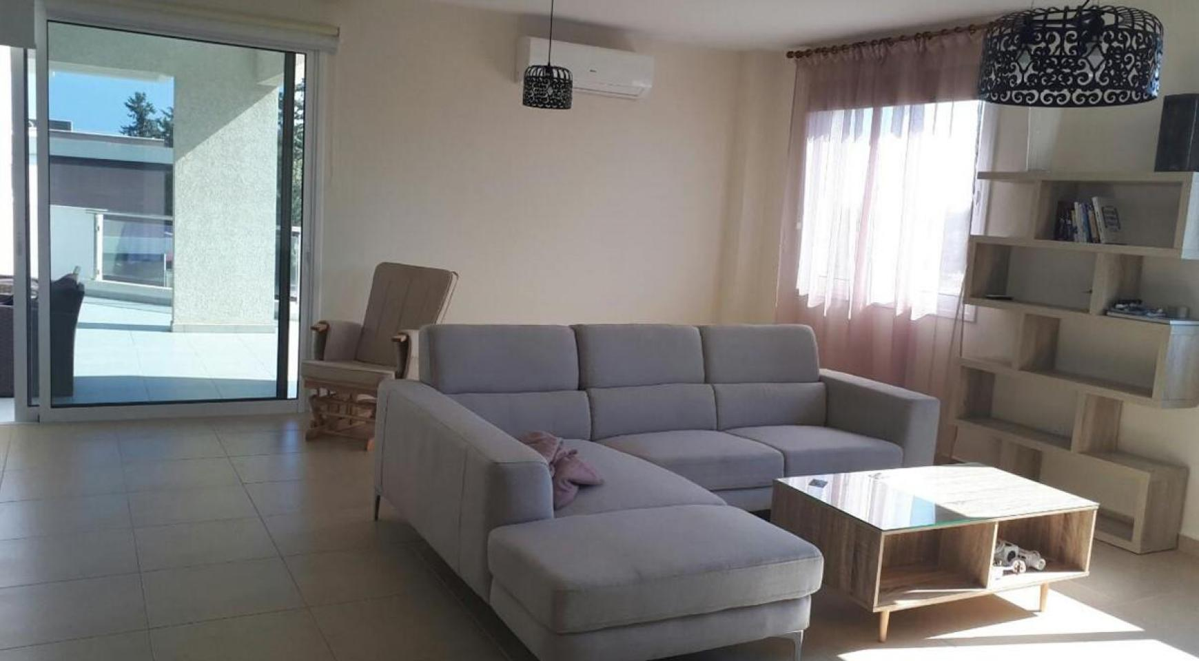 Luxury 3 Bedroom Apartment in the Tourist Area - 3