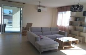 Luxury 3 Bedroom Apartment in the Tourist Area - 19