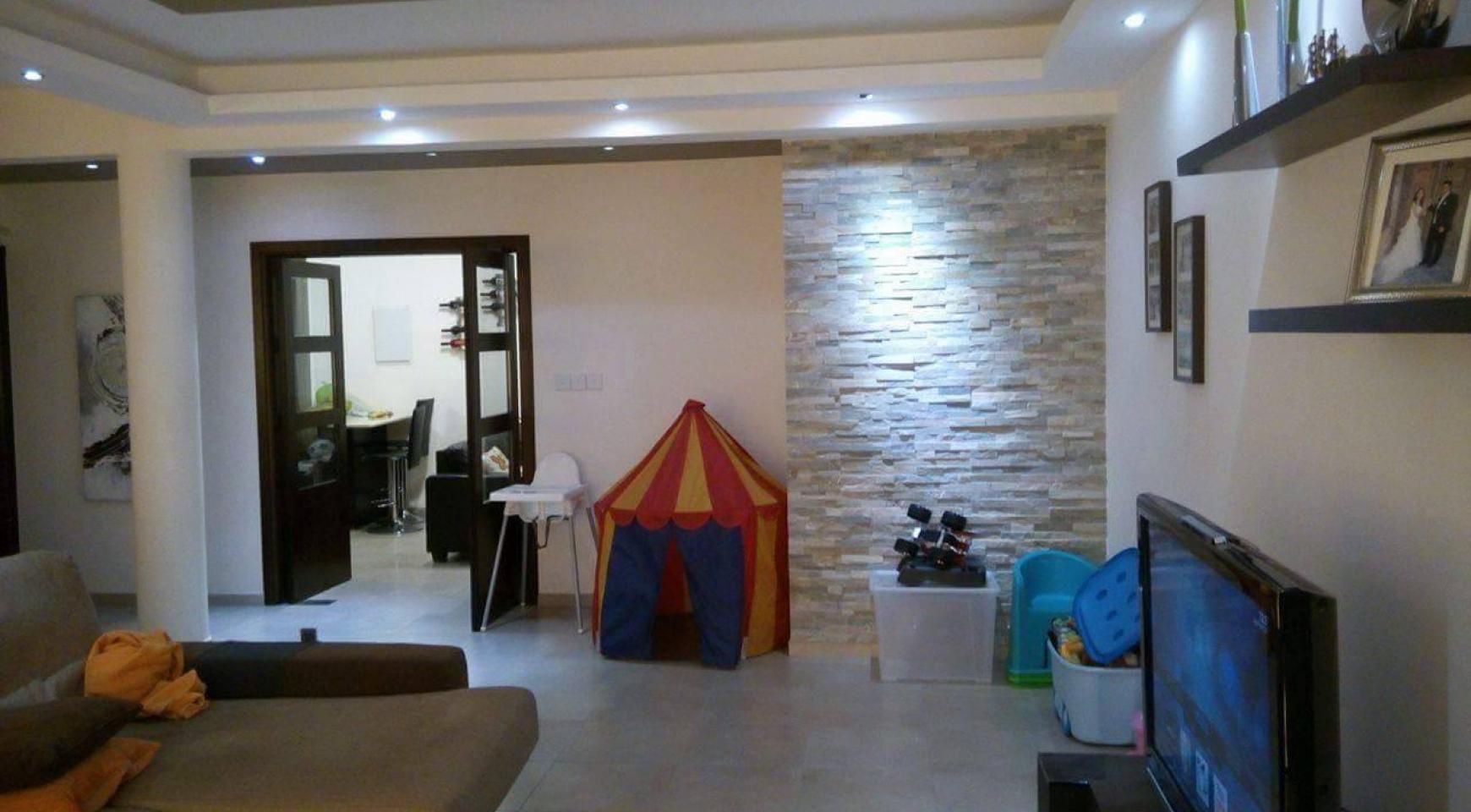 4 Bedroom House in Agios Athanasios Area - 15