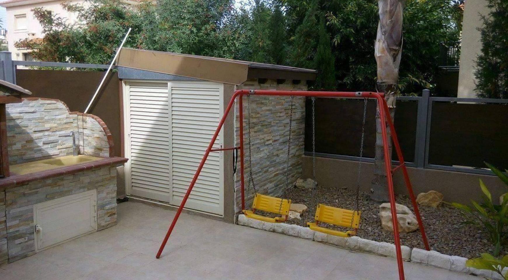 4 Bedroom House in Agios Athanasios Area - 7