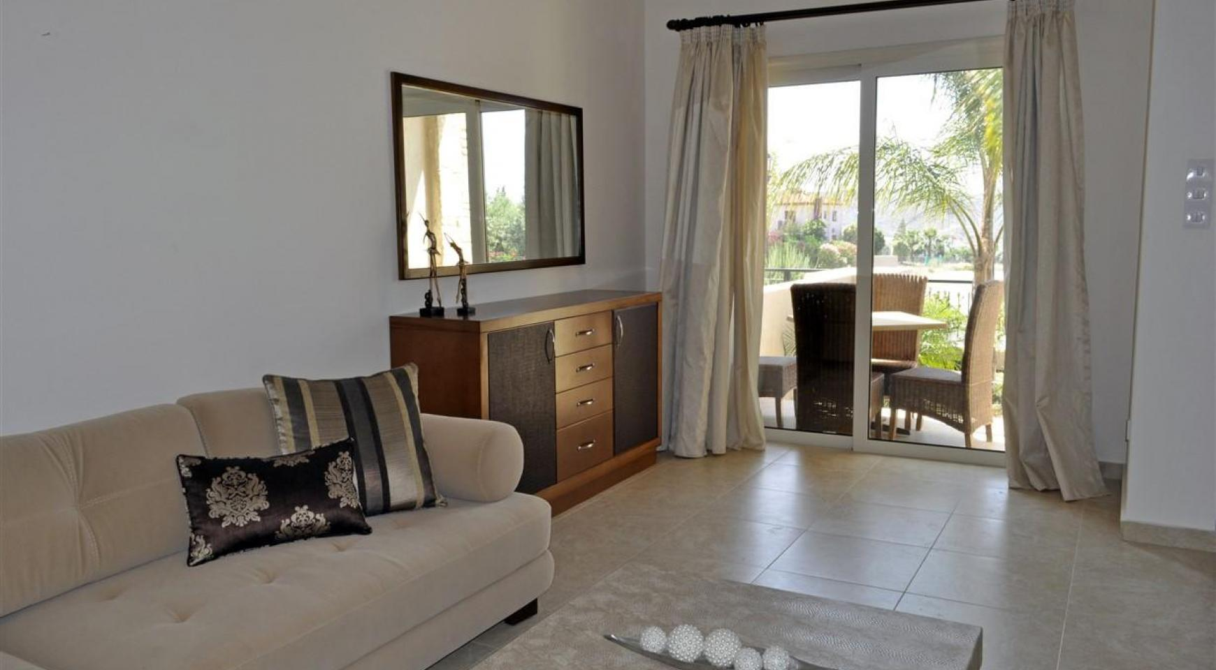 Spacious 3 Bedroom Maisonette in Moni Village - 4