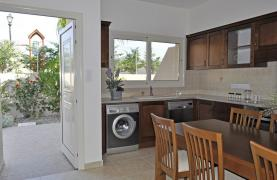 Spacious 3 Bedroom Maisonette in Moni Village - 20