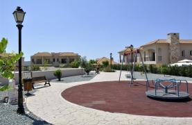 Spacious 3 Bedroom Maisonette in Moni Village - 26