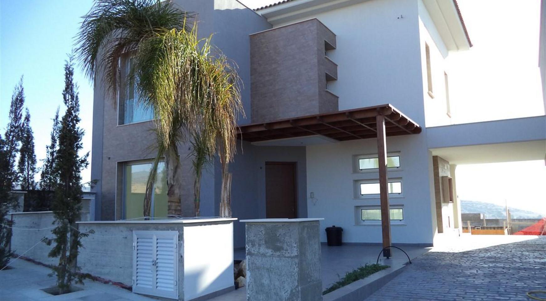New 3 Bedroom Villa in a Contemporary Development in Moni - 7