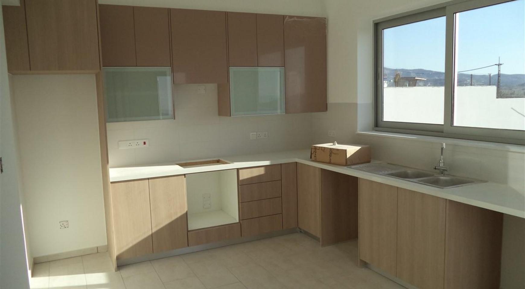 New 3 Bedroom Villa in a Contemporary Development in Moni - 11