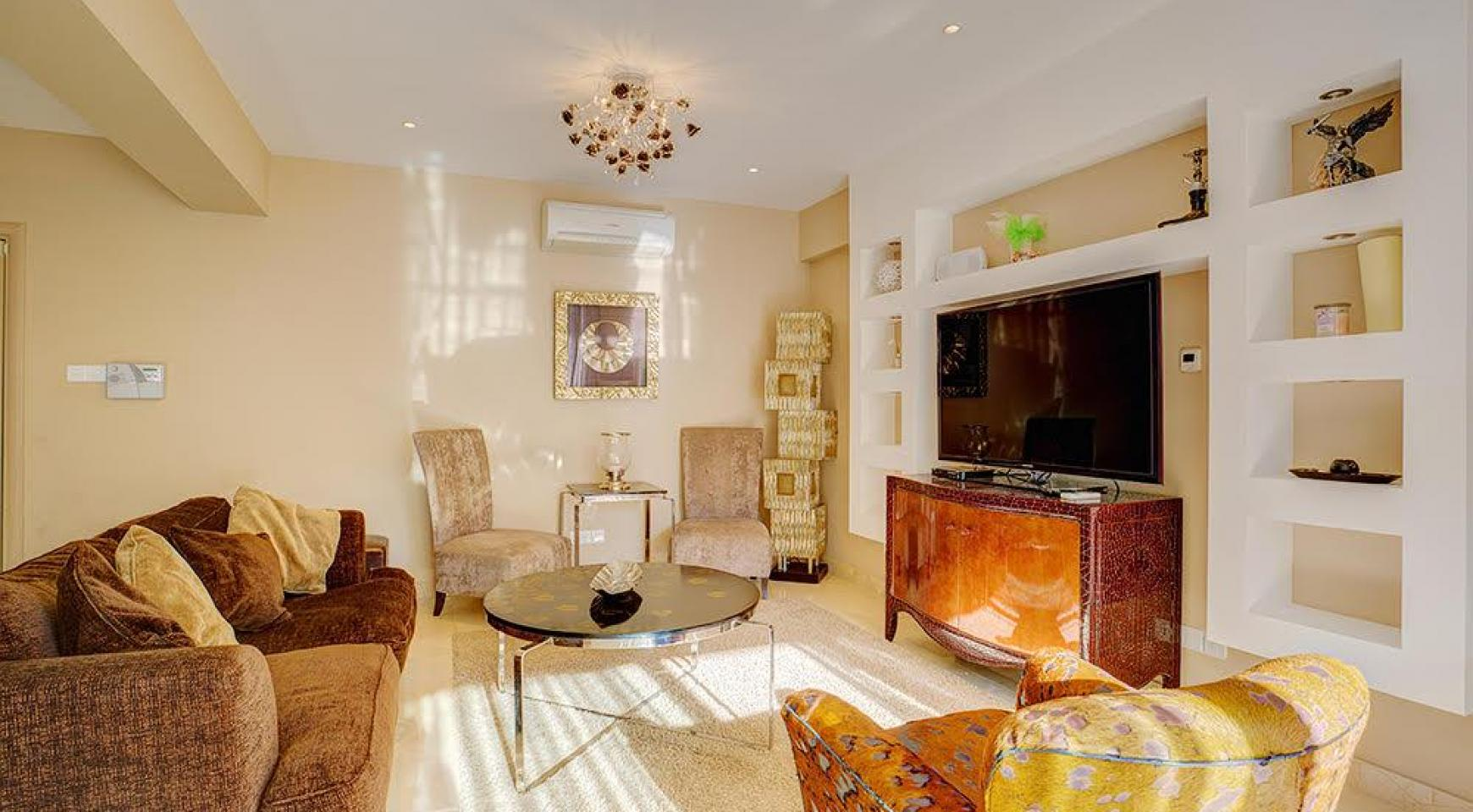 Luxurious 3 Bedroom Apartment Balmyra 22 in a Seafront Complex - 2