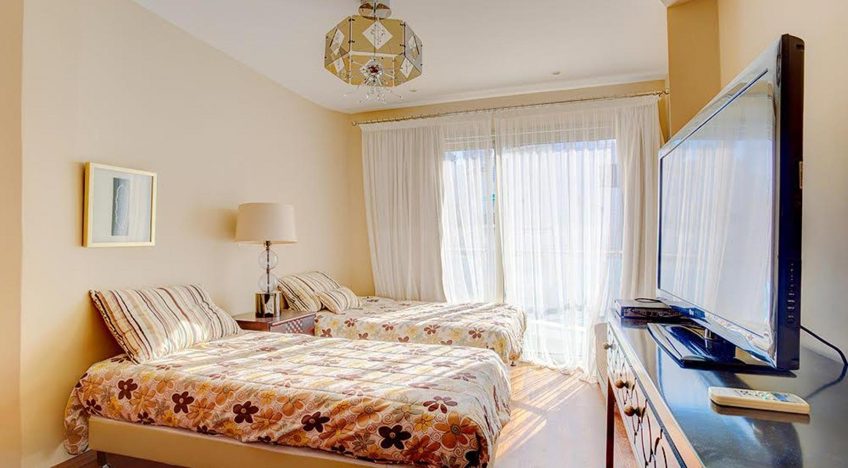 Luxurious 3 Bedroom Apartment Balmyra 22 in a Seafront Complex - 8