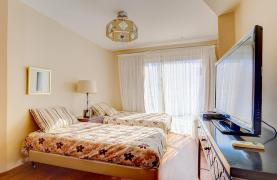 Luxurious 3 Bedroom Apartment Balmyra 22 in a Seafront Complex - 21