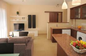New One Bedroom Apartment in Germasogeia - 12