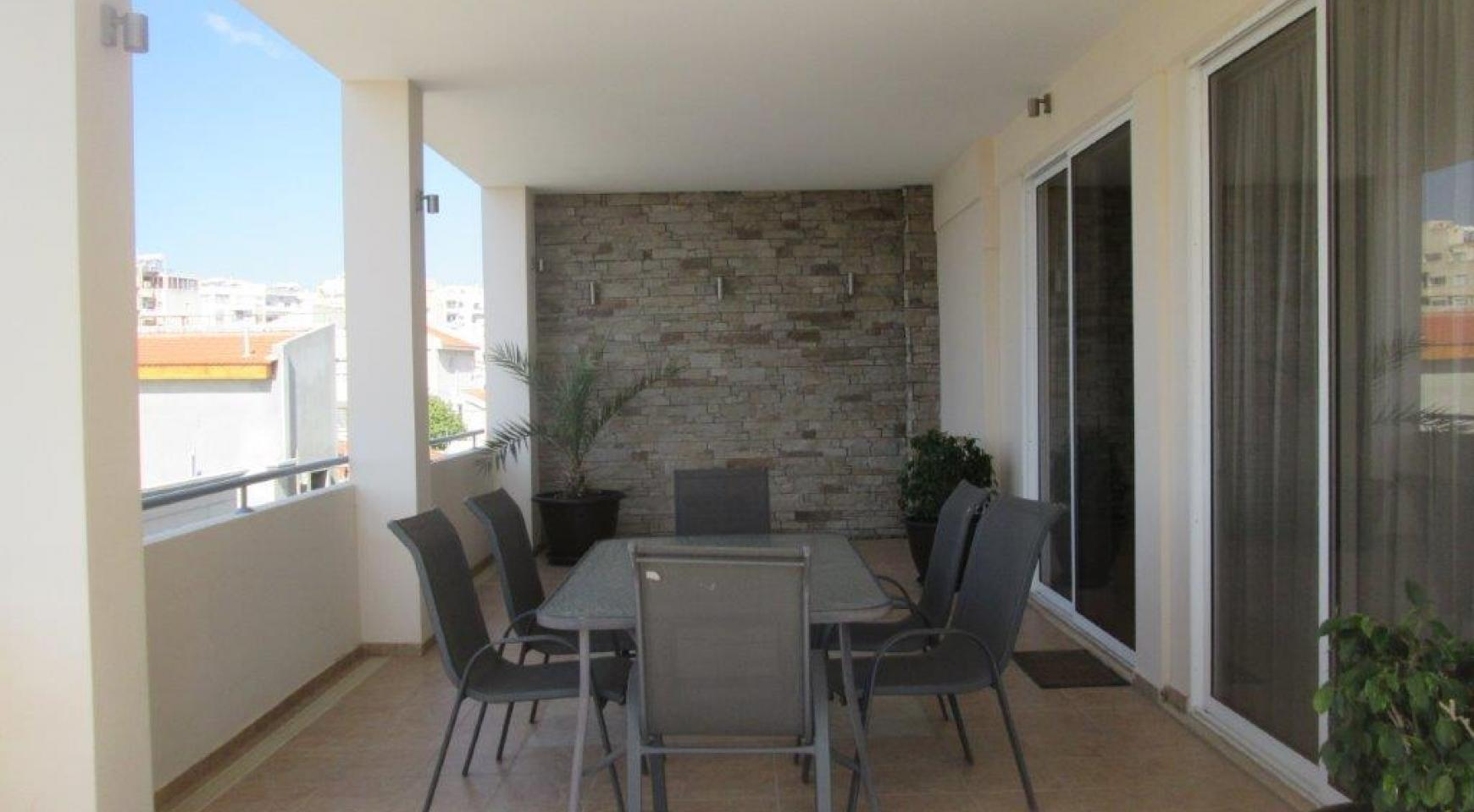 Luxury 3 Bedroom Apartment in Mesa Geitonia - 15