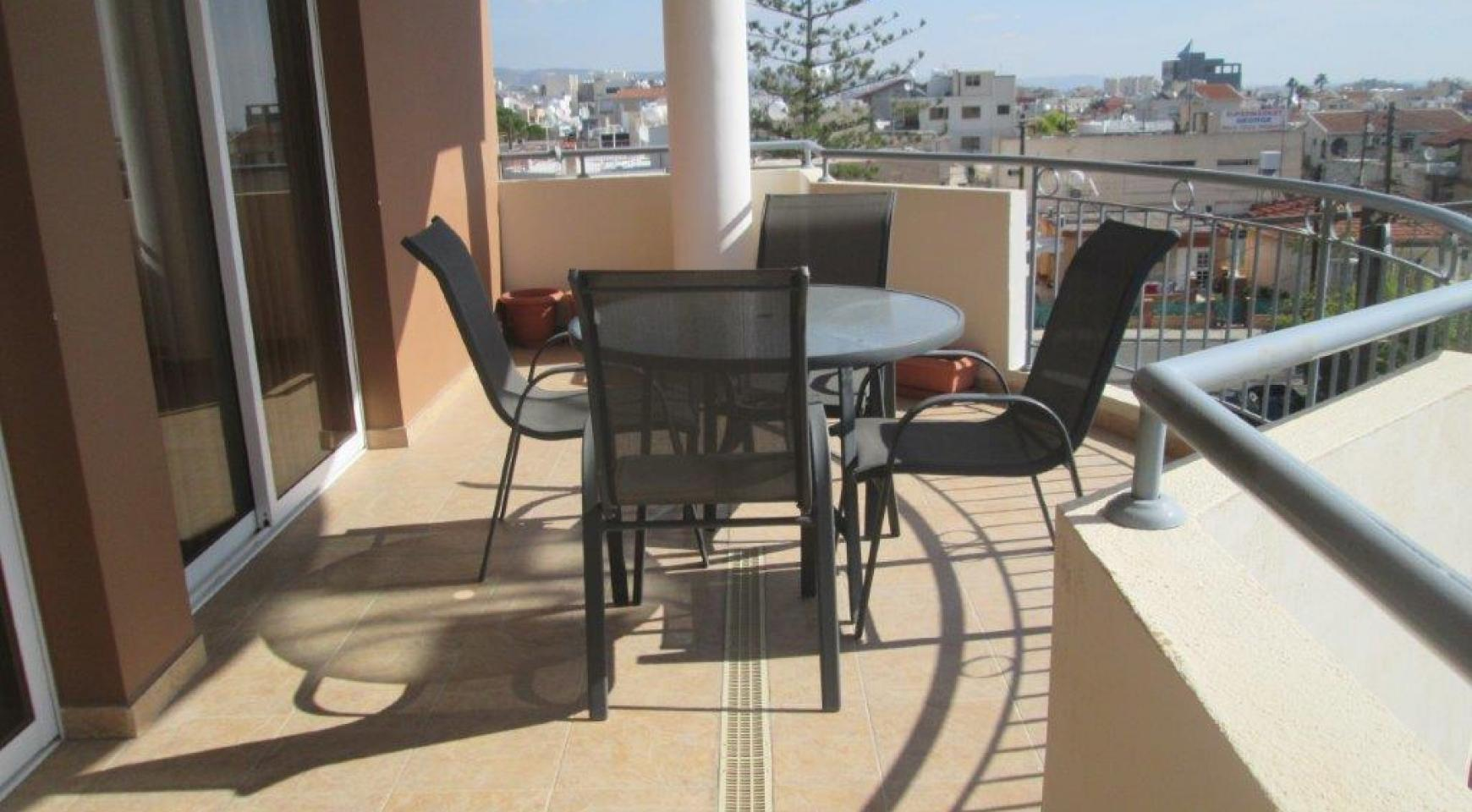 Luxury 3 Bedroom Apartment in Mesa Geitonia - 18