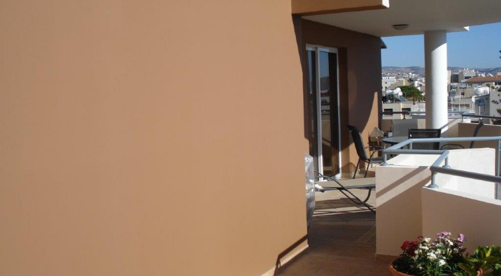 Luxury 3 Bedroom Apartment in Mesa Geitonia - 19