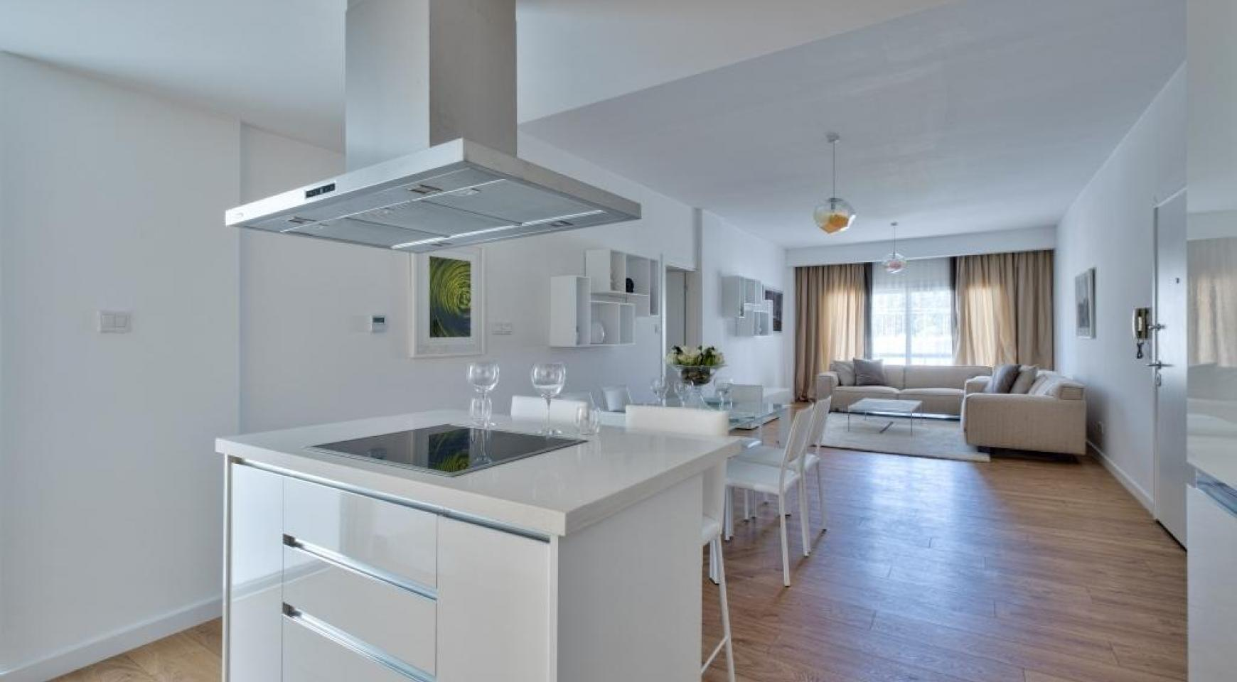 Modern 3 Bedroom Аpartment in Crown Plaza area - 7