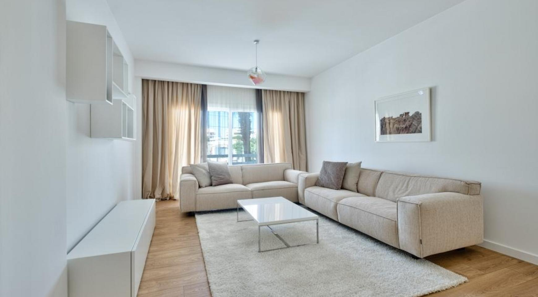 Modern 3 Bedroom Аpartment in Crown Plaza area - 2