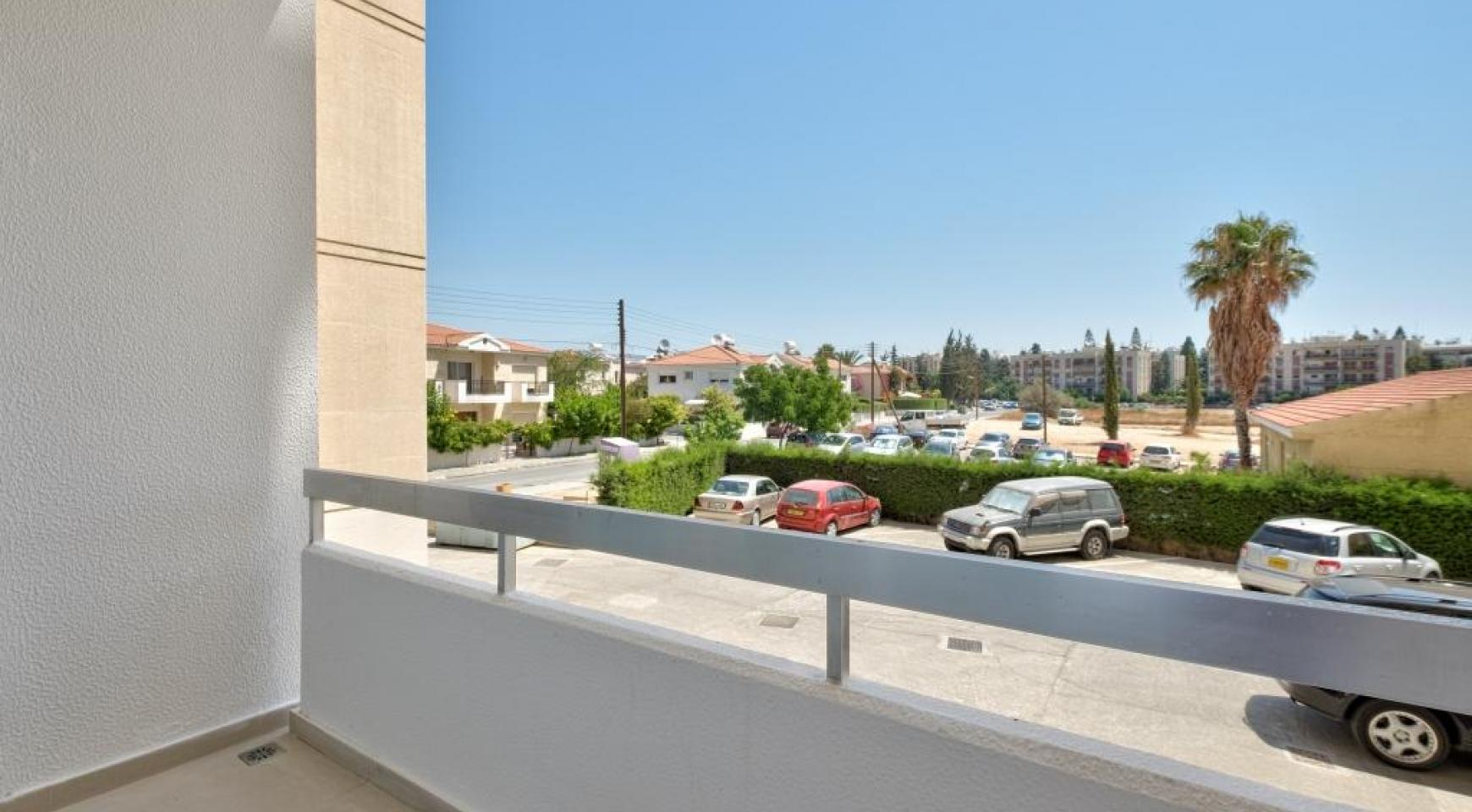 Modern 3 Bedroom Аpartment in Crown Plaza area - 4
