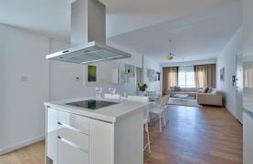 Modern 3 Bedroom Аpartment in Crown Plaza area - 22