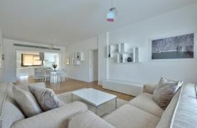 Modern 3 Bedroom Аpartment in Crown Plaza area - 23