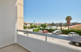 Modern 3 Bedroom Аpartment in Crown Plaza area - 19