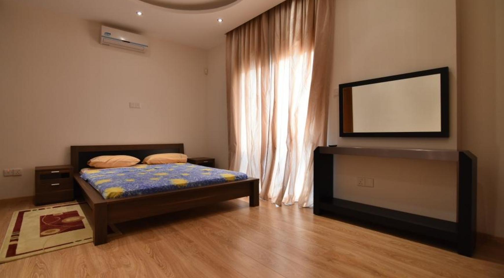 Contemporary 3 Bedroom House in Papas Area - 12