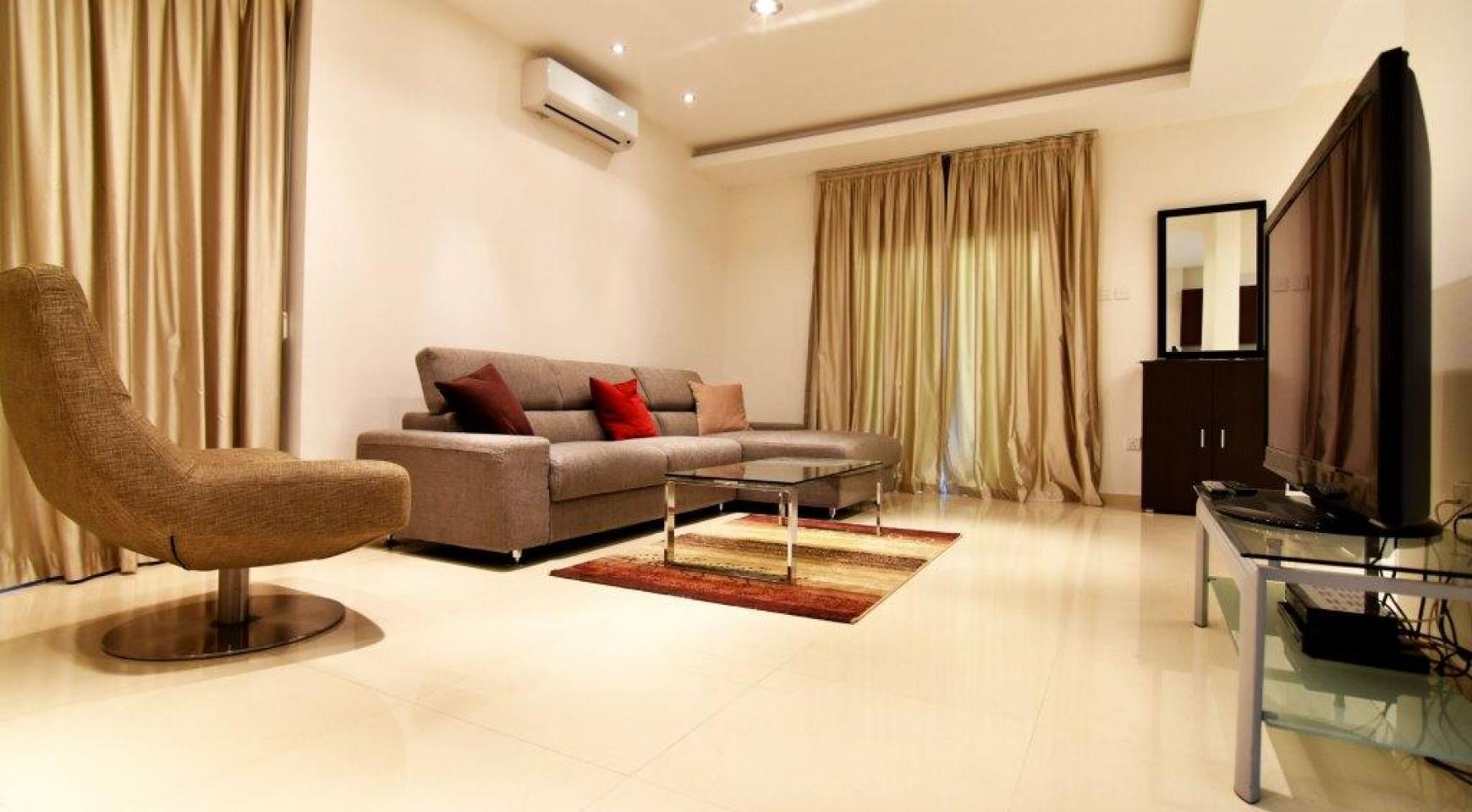 Contemporary 3 Bedroom House in Papas Area - 6