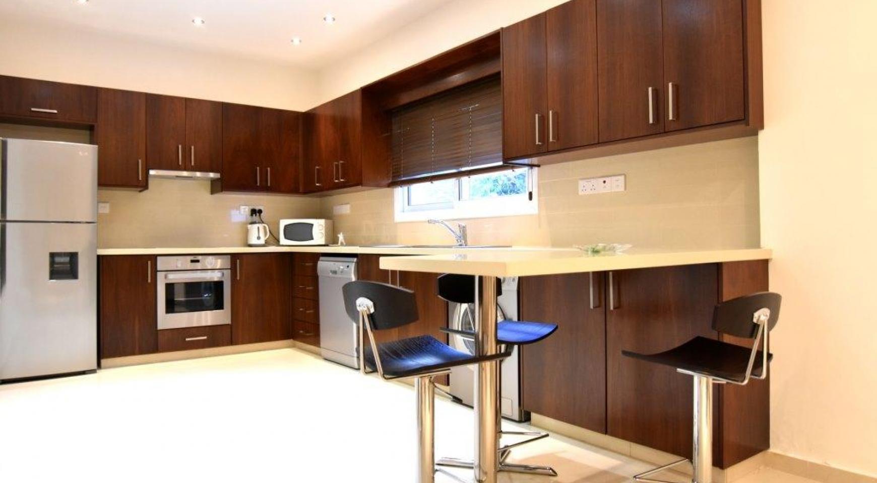 Contemporary 3 Bedroom House in Papas Area - 5